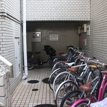 駐輪場もちゃんと整理されています