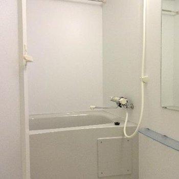 お風呂はけっこう普通※写真は別室