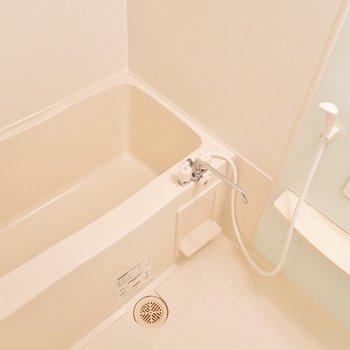 お風呂はこちらですね。