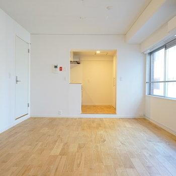家具を入れるとより素敵な空間に