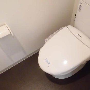 個室トイレも広いです