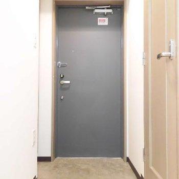 玄関も広いですよ