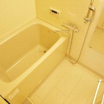 お風呂はシンプルに使いやすい。