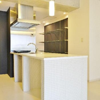 作業スペースの大きいキッチン!