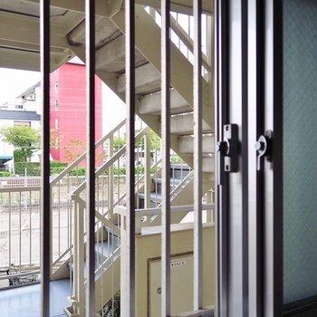 線路側の窓は二重窓です◎