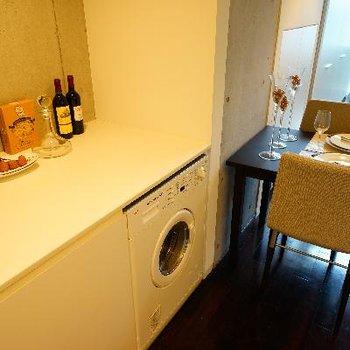 キッチン後ろにはこんなスペースがあります!