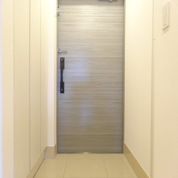 玄関スッキリ! ※写真は別部屋です
