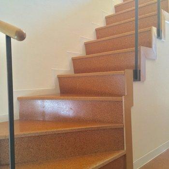 お次はお待ちかねの上の階へ※写真はクリーニング前です