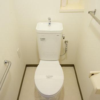 トイレももちろん個室!