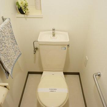 トイレはしっかり個室◎