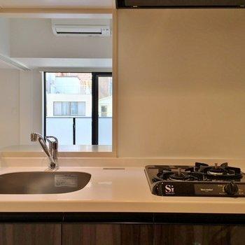 調理スペースが少し狭いのが難点。※写真は403号室
