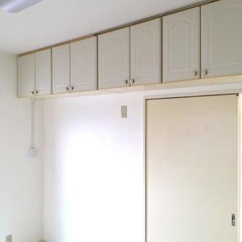 棚、棚、そして棚