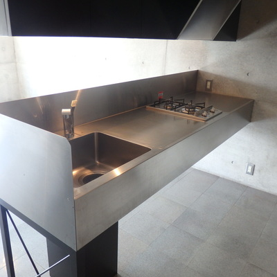 広いキッチン、デザインも◎