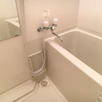 お風呂も普通サイズ。