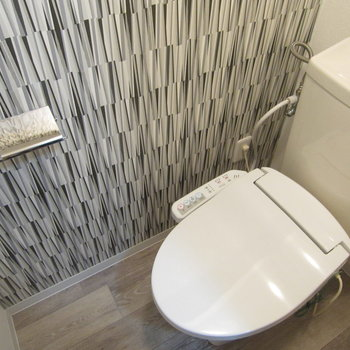 トイレにもデザインクロス