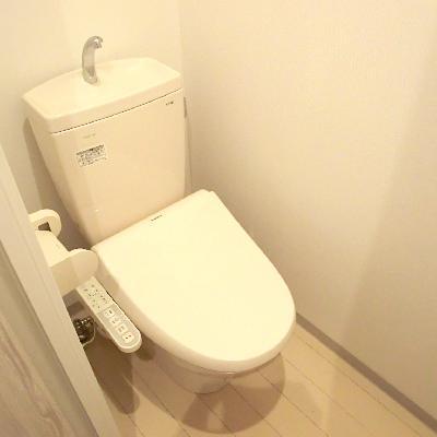 トイレは廊下に♪個室でご用意しております♪※写真は別部屋です