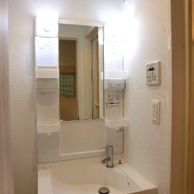 独立洗面台、脱衣所も完備☆※写真は別部屋です