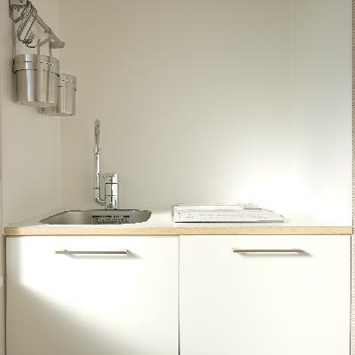 キッチンはすっきりとしたデザイン
