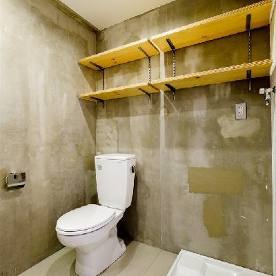 トイレと洗濯機置き場と