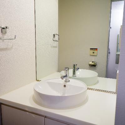 洗面台はゆったり!※写真は同じ間取りの別部屋です