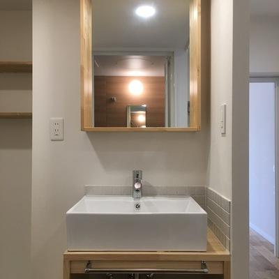 造作の可愛い洗面台を作りました!※写真は前回募集時のものです