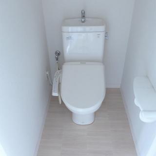 トイレにウォシュレット。※写真は別部屋