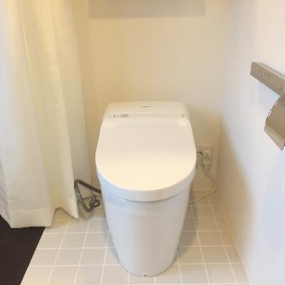 開放感抜群のトイレです