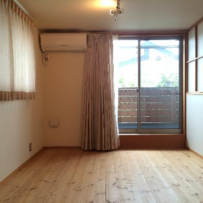 2階の洋室です、6帖