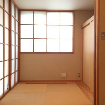 3帖の和室、畳がまたいい味を出しています