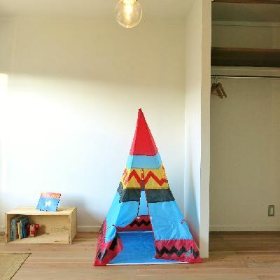 床は子どもにも優しい無垢材。