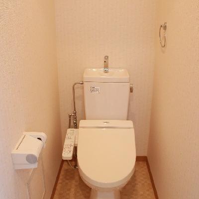 やっぱりバストイレ別!トイレもきれいです※写真は別部屋
