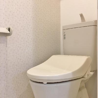 トイレのアクセントクロスも注目ポイント!かわいい!