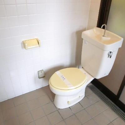 トイレは残念。お風呂に併設。