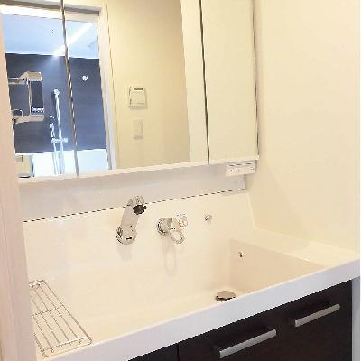 ホテルのような独立洗面台