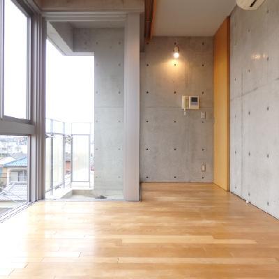 コンクリート打ちっぱなしの壁がかっこいい!