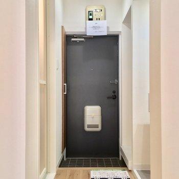 玄関はこんな感じ!※写真は前回募集時のものです