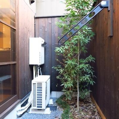お庭にも洗濯物は干せます