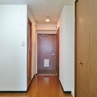 廊下はこんな感じです!
