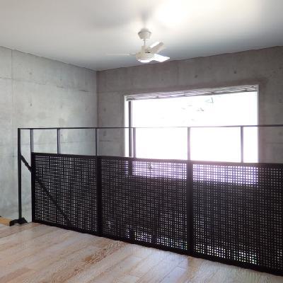 階段のぼればシーリングファン※写真は別室です