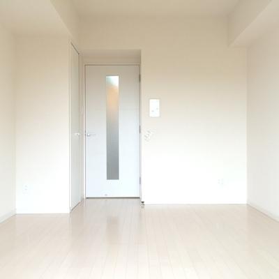 窓側から撮影したお部屋