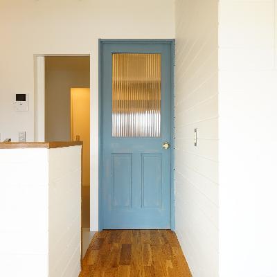 この扉がなんともかわいい!