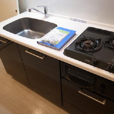 キッチンも設備充分※写真は別部屋になります。