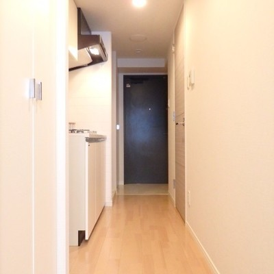 廊下もピカピカです