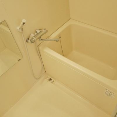 浴室乾燥付いてます。