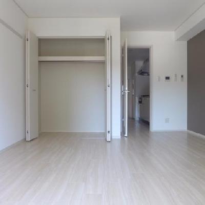 広々9帖の空間を。※写真は別部屋です