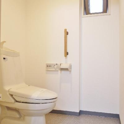 トイレがとっても広いのが印象的☆