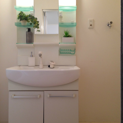 綺麗な独立洗面台