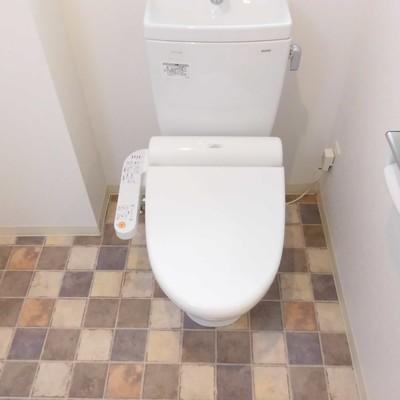 トイレの床かわいい//