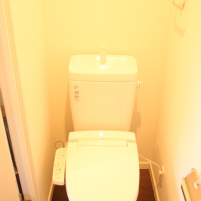 トイレも別 ※写真は別のお部屋です