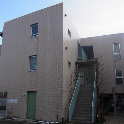 2階手前の角部屋です ※写真は別のお部屋です